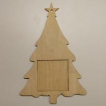 Fenyőfa formájú képkeret