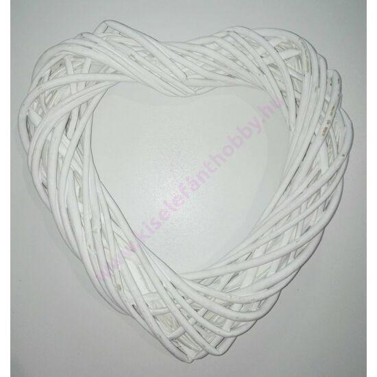 Fehér szív alakú vessző koszorú 25 cm