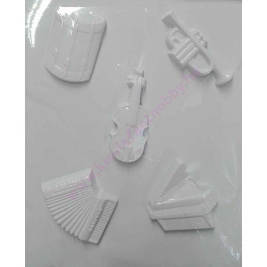 Gipszkiöntő hangszerek